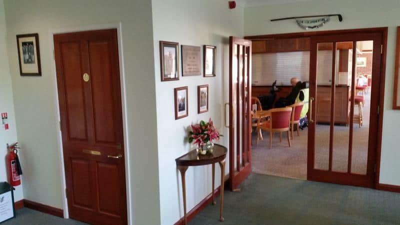 Accessibility alresford golf club for Dining room entrance